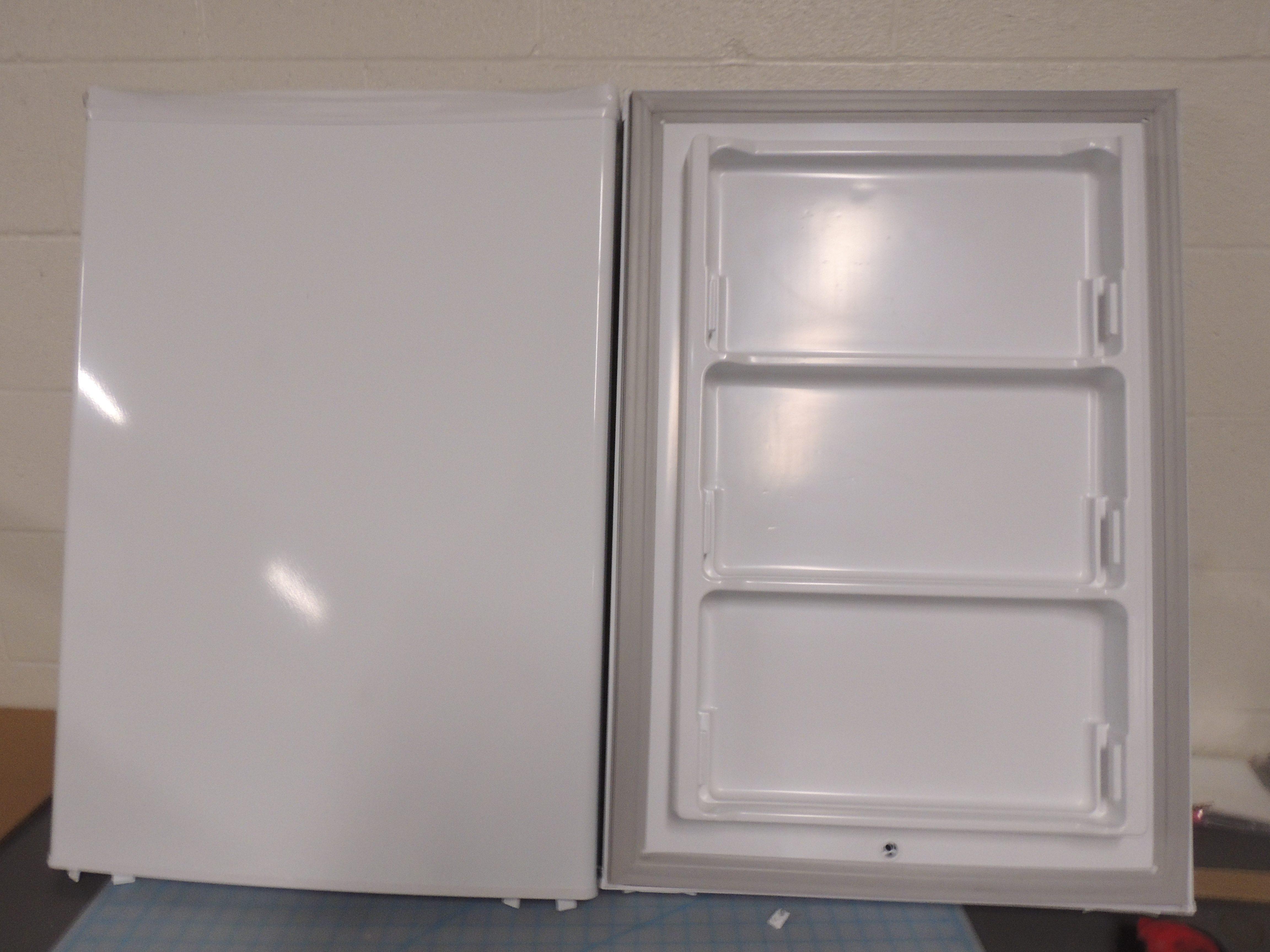 DUF408WE DOOR ASSY