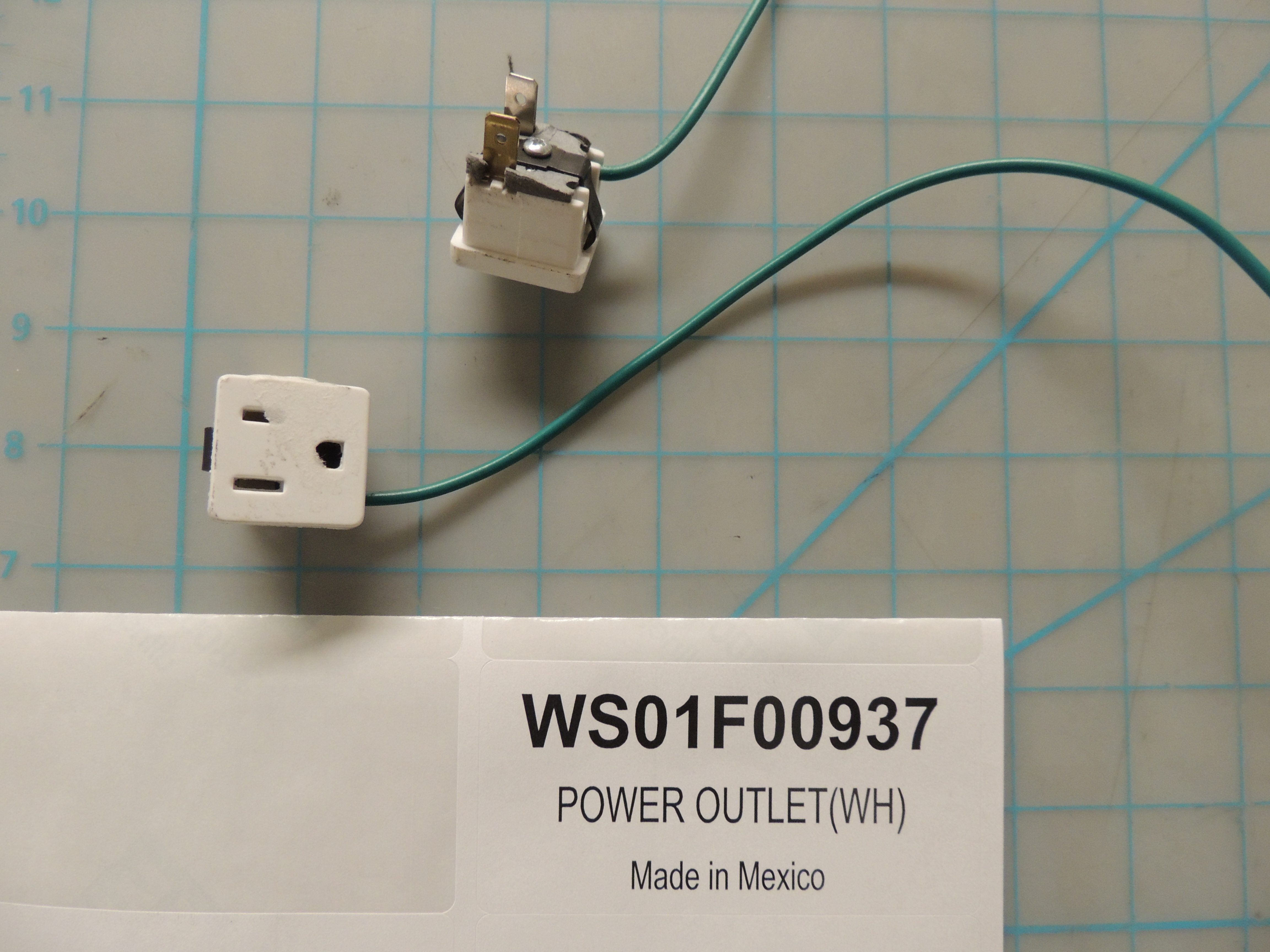 POWER OUTLET(WH)